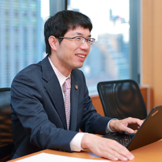 弁護士法人 咲くやこの花法律事務所 代表弁護士 西川 暢春